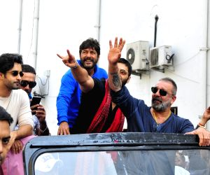 "New Delhi: Actors Satyajeet Dubey, Jackie Shroff, Chunky Pandey, Ali Fazal and Sanjay Dutt at the trailer launch of their upcoming film ""Prassthanam"" in New Delhi on Aug 29, 2019. (Photo: Amlan Paliwal/IANS)"