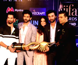 :New Delhi: Actors Shahid Kapoor, Kartik Aaryan, Dia Mirza, Ranbir Kapoor and filmmaker Karan Johar during a press conference of the 19thEdition of IIFA Weekend and Awards 2018 in New Delhi on May ...