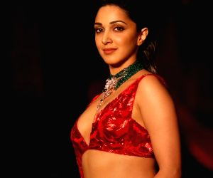 Kiara Advani is a red daz