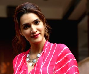Kriti Sanon: Would love to be a part of 'Satte Pe Satta' remake