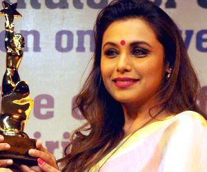 Rani Mukerji receives Nirbhoy Didi Award