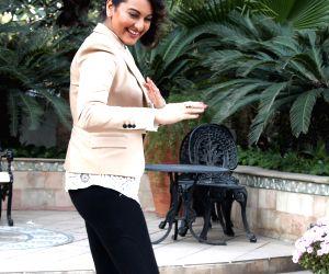 Ajay Devgn, Sonakshi Sinha promote Action Jackson