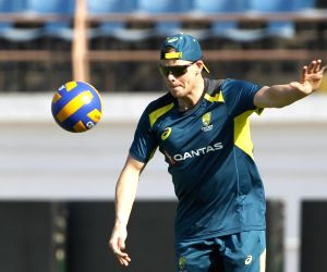 You shouldn't get out if the ball is not hitting the stumps: Smith