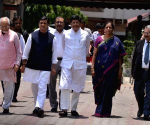 BJP delegation meets EC top brass, demands re-poll in Bengal