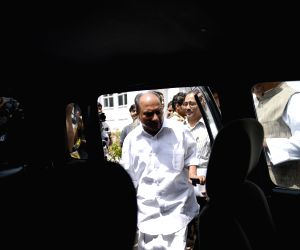 New Delhi: Congress leader A K Antony leaves after the Congress Working Committee meeting in New Delhi, on April 17, 2015. (Photo: IANS)