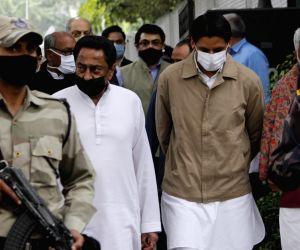 Kamal Nath, Digvijaya Singh express grief over Ahmed Patel's death