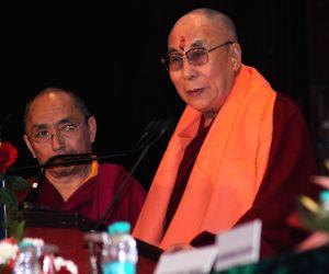 Mohan Bhagwat, Dalai Lama attend World Hindu Congress 2014