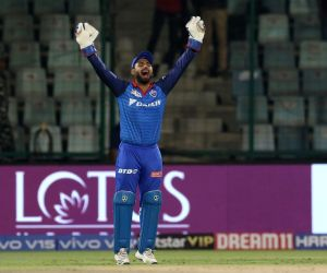 Pant's heroics make Delhi IPL table-toppers