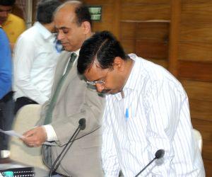 Kejriwal takes oath as member of NDMC