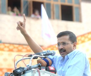 Kejriwal during Adhikar rally