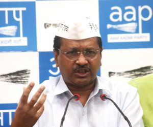 Centre planning to raze unauthorised colonies: Kejriwal
