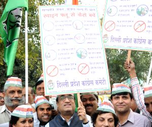 Ajay Maken, Kiran Walia during swine flu awareness campaign