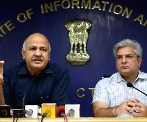 Sisodia reviews Delhi's first 'Green Budget' meeting