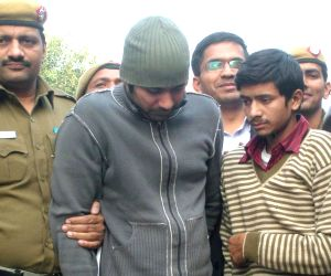 Delhi woman doctor's friend held for acid attack