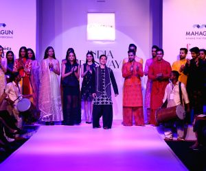 India Runway Week - 2015 - Jenjum Gadi