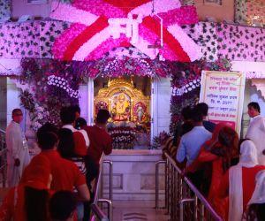 Cautious Jhandewalan, muted Kalkaji as Navratri begins