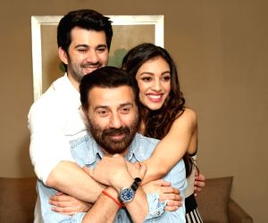 """New Delhi: Director Sunny Deol with actors Karan Deol and Sahher Bambba during the promotions of their upcoming film """"Pal Pal Dil ke Pass"""" in New Delhi on Sep 17, 2019. (Photo: Amlan Paliwal/IANS)"""