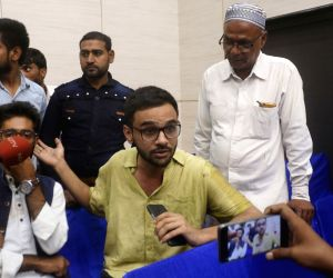 New Delhi: Jawaharlal Nehru University (JNU) scholar Umar Khalid addresses a press conference, in New Delhi on Aug 13, 2018. An unidentified man opened fire at the JNU scholar outside the Constitution Club here on Monday, according to the police. Kha