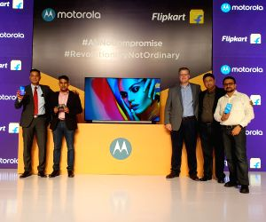 New Delhi: Motorola Mobility Head (Product Marketing and E-Commerce) Uvais Chinoy, MD Prashanth Mani, Motorola Legal Head (Trademarks, Brand and Advertising) David Carroll, Flipkart Vice President (Electronics, Private Labels and Furniture) Adarsh K.