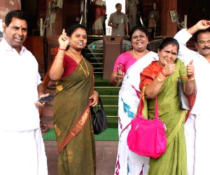 AIADMK chief acquitted in disproportionate assets case