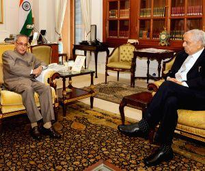 Mufti Mohammad Sayeed, CM of Jammu & Kashmir, calling on President Pranab Mukherjee