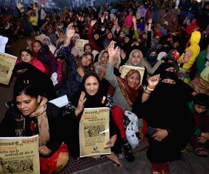 Commuter alleges threatened by Shaheen Bagh protesters