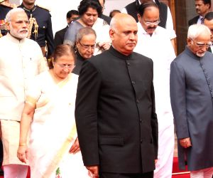 President Mukherjee, Modi at the joint session of the Parliament