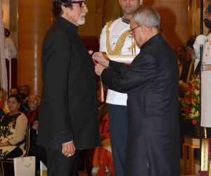 Padma Vibhushan conferred on Amitabh Bachchan