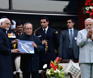President Mukherjee, PM Modi at Navy Day reception