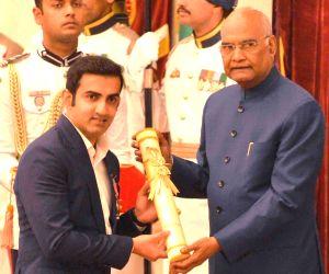 Gambhir thanks fans, critics after receiving Padma Shri