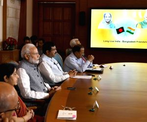 Modi, Hasina jointly inaugurate oil pipeline, rail projects