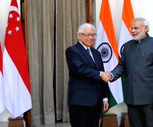 Modi meets Singapore President at Hyderabad House