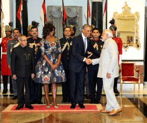 Modi at the banquet hosted in honour of US President Barack Obama