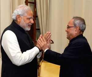 PM Modi greets President Mukherjee on his birthday