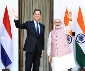 Modi meets Dutch PM
