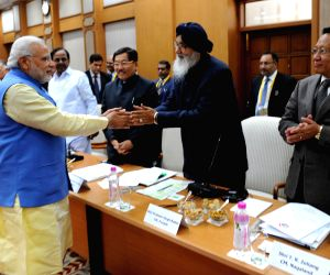 Punjab CM with  PM Modi during a meeting regarding Restructuring of Planning Commission of India