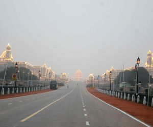 Security beefed-up near India Gate on the eve of Republic Day