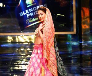 Sara Ali Khan showcases A