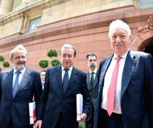 Spanish Foreign Minister meets Venkaiah Naidu
