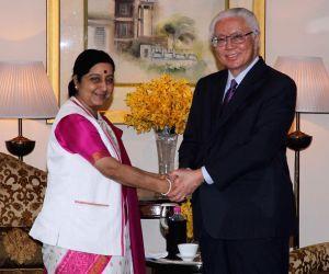 Sushma Swaraj meets Singapore President