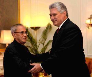 Cuba vice president calls on President Mukherjee