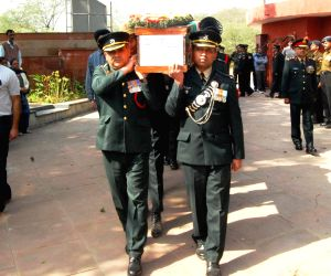 Dalbir Singh pays tribute to Lt. Col Rajesh Gulati