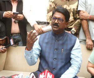 Kovind accepts Sawant's resignation, gives portfolio to Javadekar