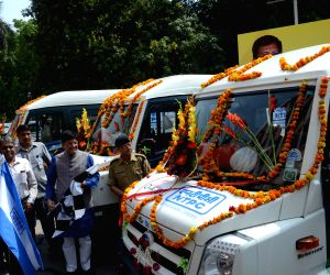 Piyush Goyal flags-off NTPC's Mobile Science Lab