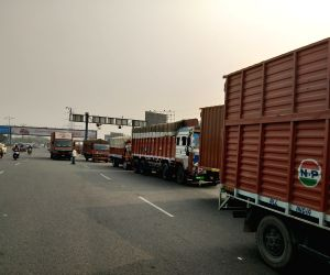Indefinite nationwide truck strike begins