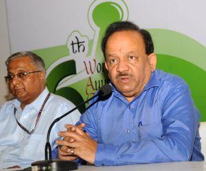 Harsh Vardhan addresses press on the eve of Arogya Mela