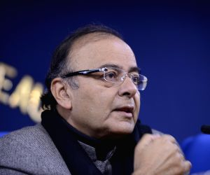 Arun Jaitley, Piyush Goyal during a press conference