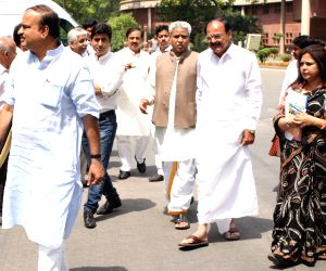 Union Ministers at Parliament House