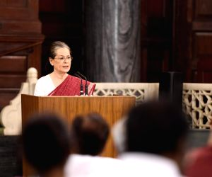 New Delhi: UPA chairperson Sonia Gandhi addresses during the Congress Parliamentary Party (CPP) meeting in New Delhi on June 1, 2019. Sonia Gandhi will continue as the Congress Parliamentary Party leader as the newly elected members of the party in L