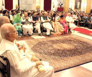 Advani gets Padma Vibhushan Award